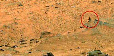 Spirit нашел инопланетянина на Марсе?