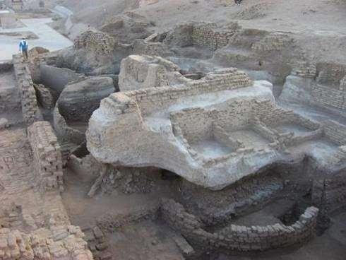 Древняя резиденция в Эдфу